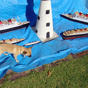 R M S QUEEN MARY models - Folk Art