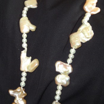 Attractive necklace of Biwa pearls