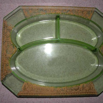 Divided Vaseline dish/tray