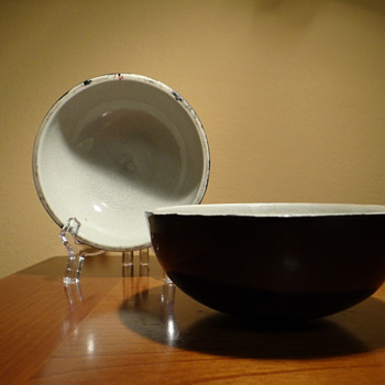 ART DECO CZECHOSLOVAKIA  CERAMIC BLACK BOWLS 