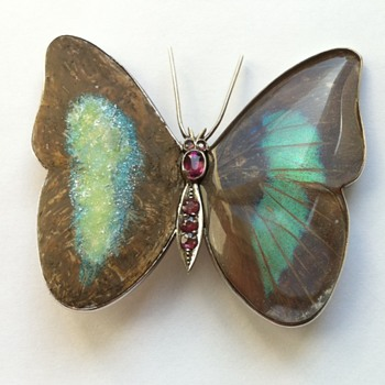Butterfly wings brooch kyratisation, part#2. - Fine Jewelry
