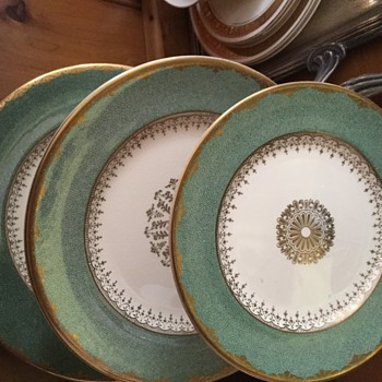 Johnson Bros setting - China and Dinnerware