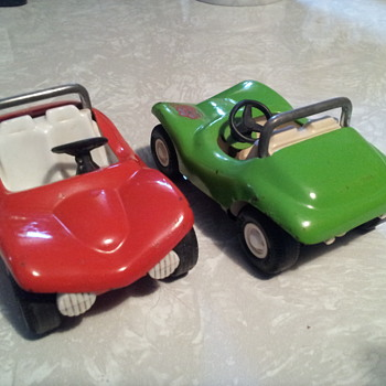 A couple of small Tonka Dunebuggies. Mike & Ike - Model Cars