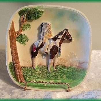 GENUINE LEGENDWARE  ( England ) Chalkware - Canadian Indian Chief