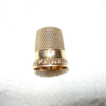 Ketcham & McDougall 10k gold thimble - Sewing