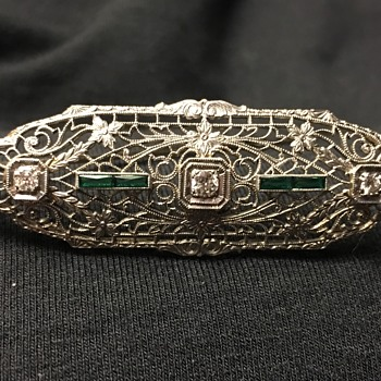14K White Gold Antique Brooch with Diamonds