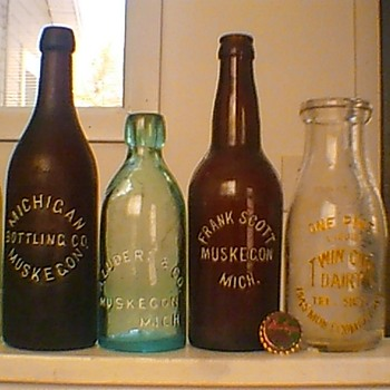 Michigan Bottling Co., Muskegon - Bottles