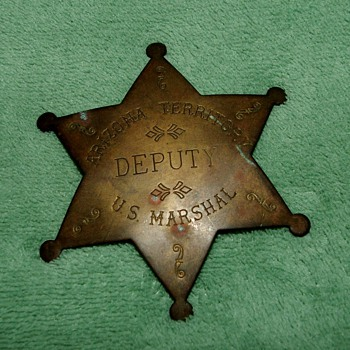 Is this Arizona Territory Deputy U.S. Marshal badge old or reproduction? - Medals Pins and Badges