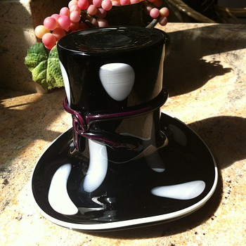 Blenko Black Amethyst Top Hat - Art Glass