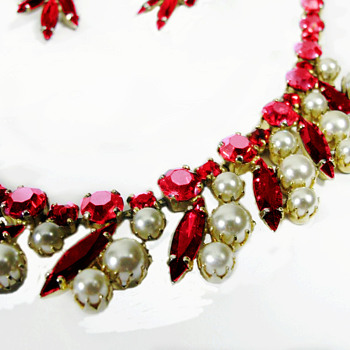 Rare Sherman Pearl and Siam Red Necklace with Earrings - Art Deco