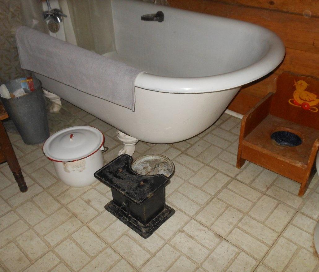 Antique Detecto Bathroom Scale | Collectors Weekly