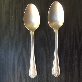house of commons/parliment london tea spoons