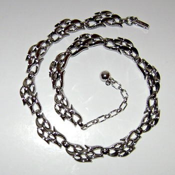 Trifari Necklace - Costume Jewelry