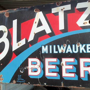 Blatz beer sign 2 sided - Breweriana