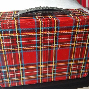 Vintage 1960s CHENEY RED ENGLISH PLAID METAL LUNCHBOX - Kitchen