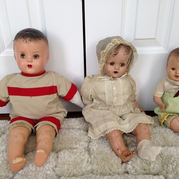 Antique Dolls - HELP