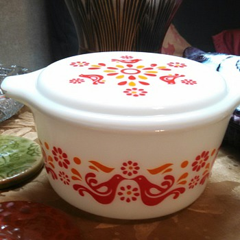 "Pyrex ""Friendship"" 1quart Casserole! - Kitchen"