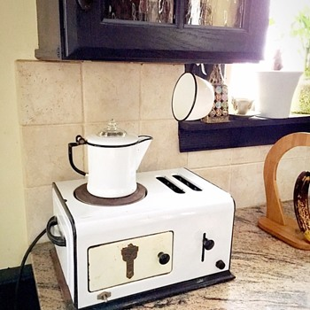 Lasko Toastove - Kitchen