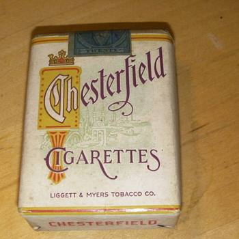 Lucky Strike And Chesterfields - Tobacciana