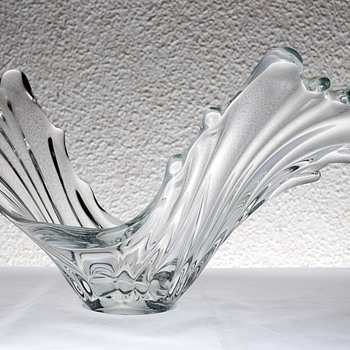 "#23 Small Mid Century Twisted ""V"" French Crystal Bowl - Art Glass"
