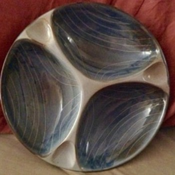 Round 3-chamber glazed ceramic tobacco bowl?  Hand signed on bottom.