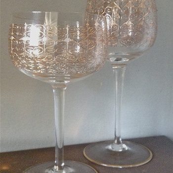 Mid Century Fine Etched Gold Scrollwork pattern Wine Glass set