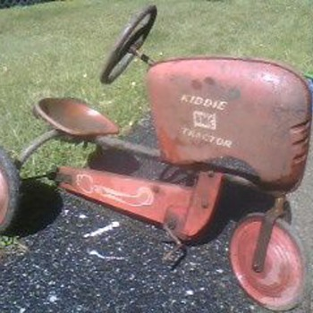1950&#039;s BMC Pedal Tractor