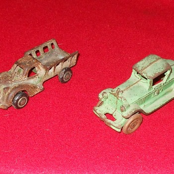 A Pair of Cast Iron Cars - Model Cars