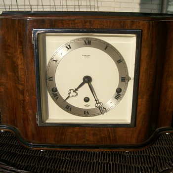 W R Bullen Ltd. Mantel Clock Elliot London Clockworks - Clocks