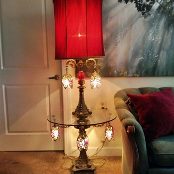 Beautiful Floor Lamp: Does Anyone Know Anything About It? - Lamps
