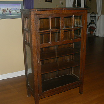 antique mission single door cabinet/bookcase  are these valuable? - Furniture