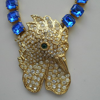 Chunky multi stone bird necklace - Costume Jewelry