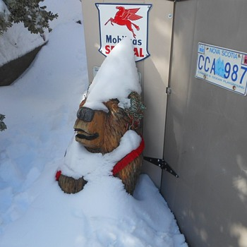 Chainsaw Art Bears and Gnomes and Snow