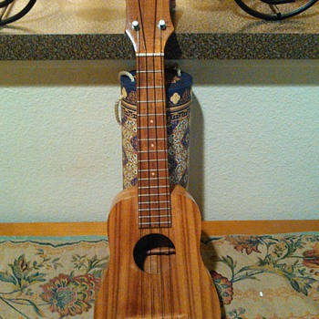 Rare Antique Ukulele made of Koa by Abe Mahelona