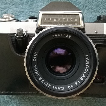 1966-praktica cameras- nova b, with my new Carl Zeiss pancolor lens fitted! - Cameras