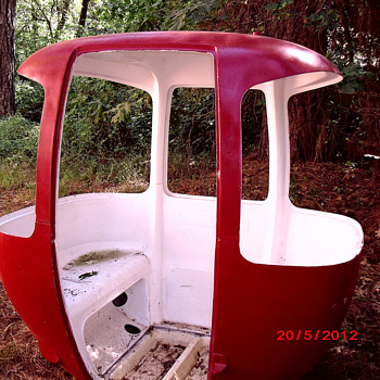 Aerial Tram / 2 seater Ski Gondola - Sporting Goods