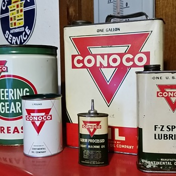 Some old cans - Petroliana