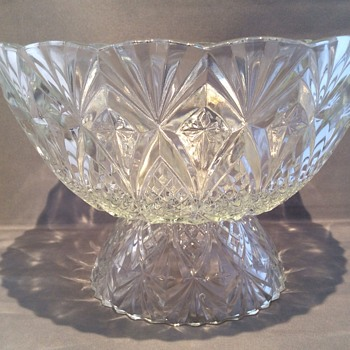 "8 1/2"" dia 5 1/2"" high vintage bowl"