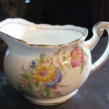 EB Creamer - China and Dinnerware