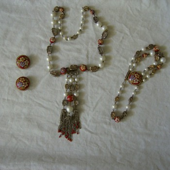 Hobe jewelry set vintage