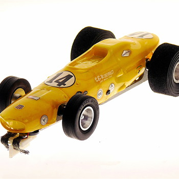 Dynamic 1/24 scale Open Wheel Indy Model Racer - Model Cars