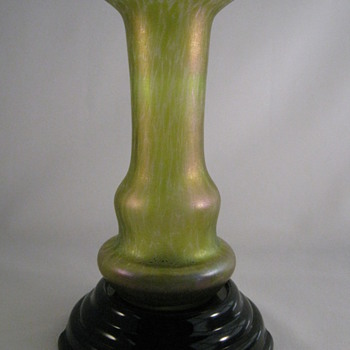 "Loetz ""MELON RIND"" CISELÉ  art Glass Vase circa 1896 - 1900 - Art Glass"