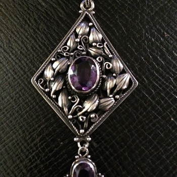 Arts & Crafts Amethyst Pendant & Chain