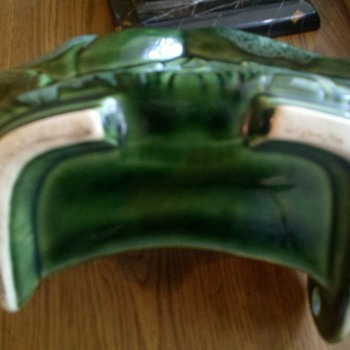"Green planter with holed ""tab"" in back! - Art Pottery"