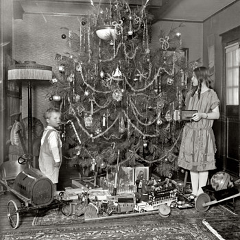 Cool Christmas pick of typical toys of the wealthier kids