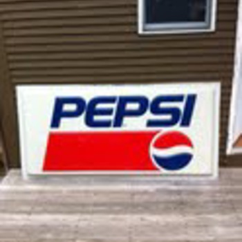 Gas station Pepsi sign - Advertising