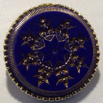 Antique brooch ?