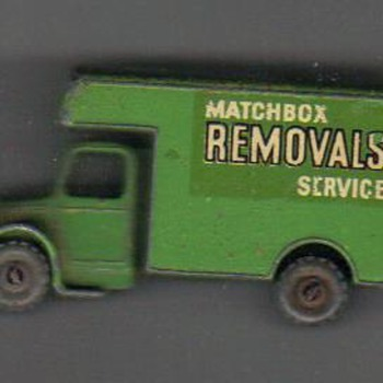 die cast truck has No 17 inside on truck cab roof - Matchbox? Age? Value?