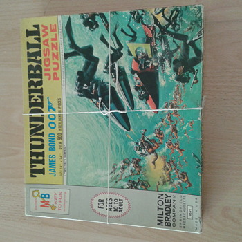 """Thunderball"" James Bond 1965 Jigsaw Puzzle"
