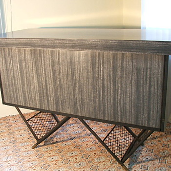 Expando combined bar & coffee table